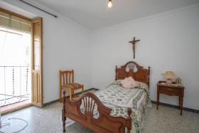 Image No.11-Maison de ville de 5 chambres à vendre à Guaro