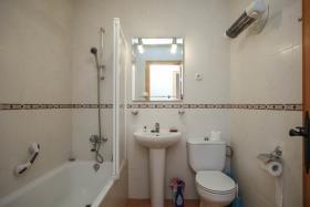 Image No.14-Maison de campagne de 5 chambres à vendre à Carratraca