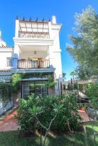 Image No.0-Villa de 4 chambres à vendre à Alhaurín de la Torre