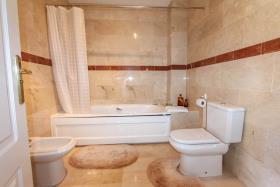Image No.15-Villa de 4 chambres à vendre à Alhaurín de la Torre