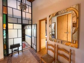 Image No.17-6 Bed Apartment for sale