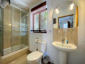 Image No.33-6 Bed Apartment for sale