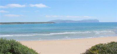 Nearest beach (very large & sandy) 10 mins.