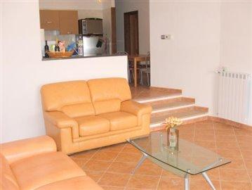 Lounge 2: 1 sofa; 1 double sofa-bed