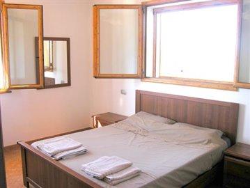 2x Master bedrooms