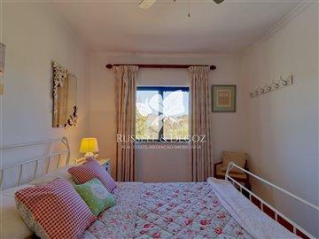 1830vhousebedroom1a