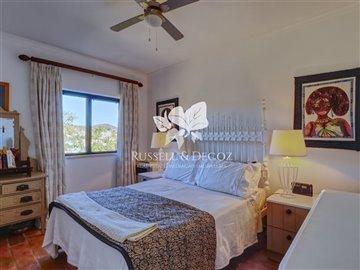 1830vhousebedroom2