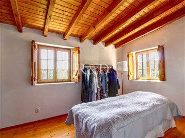 1852bedroom2