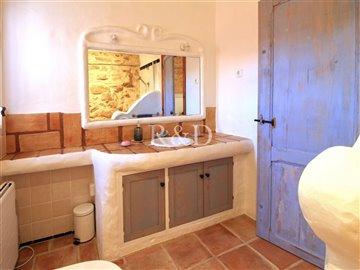 1852bathroom