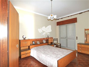 1882vbedroom3
