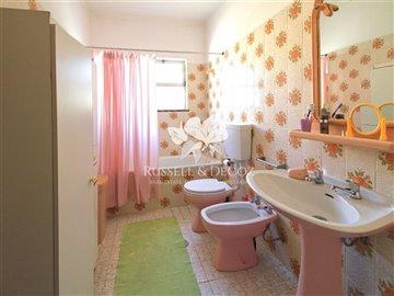 1882vbathroom