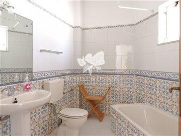 1884vbathroom2
