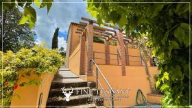 Image No.11-Maison de 2 chambres à vendre à Lajatico