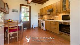 Image No.21-Maison de 2 chambres à vendre à Lajatico