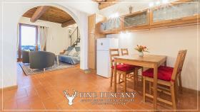 Image No.20-Maison de 2 chambres à vendre à Lajatico