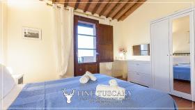 Image No.30-Maison de 2 chambres à vendre à Lajatico