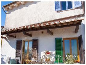 Image No.21-Maison de village de 4 chambres à vendre à Casciana Terme