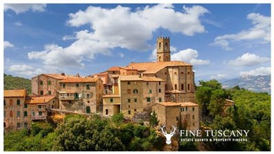 13-Apartment for sale in Lustignano Tuscany Italy 13