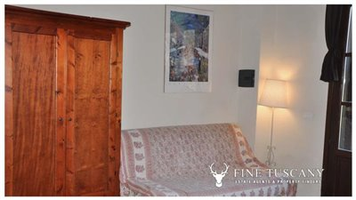 1-Bedroom-Property-for-sale-in-Tuscany-Italy-31