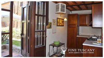 1-Bedroom-Property-for-sale-in-Tuscany-Italy-33