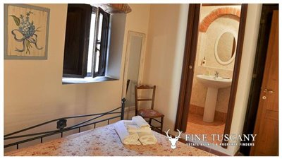1-Bedroom-Property-for-sale-in-Tuscany-Italy-38