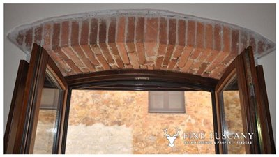 1-Bedroom-Property-for-sale-in-Tuscany-Italy-39
