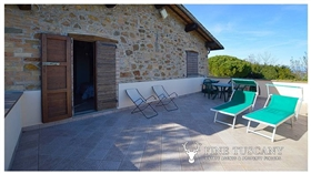 Image No.8-Propriété de 9 chambres à vendre à Toscane