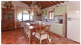 Image No.15-Propriété de 9 chambres à vendre à Toscane