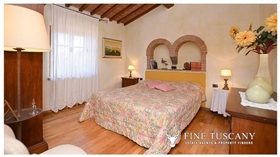 Image No.16-Propriété de 9 chambres à vendre à Toscane