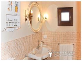 Image No.16-Appartement de 2 chambres à vendre à Lajatico