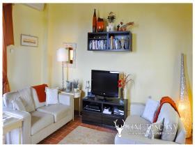 Image No.8-Appartement de 2 chambres à vendre à Lajatico