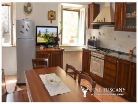 Image No.7-Maison de 3 chambres à vendre à Lajatico