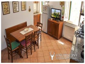 Image No.4-Maison de 3 chambres à vendre à Lajatico