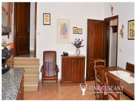 Image No.10-Maison de 3 chambres à vendre à Lajatico