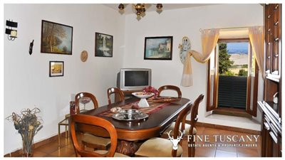 3-Bedroom-house-for-sale-in-Orciatico-Tuscany-Italy-12