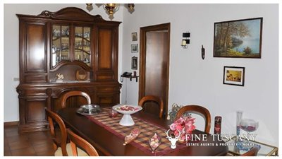 3-Bedroom-house-for-sale-in-Orciatico-Tuscany-Italy-13