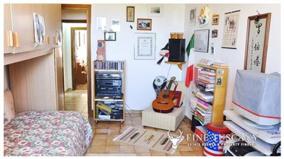 3-Bedroom-house-for-sale-in-Orciatico-Tuscany-Italy-22