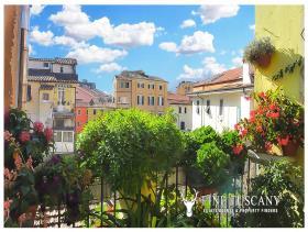 Image No.3-Appartement de 3 chambres à vendre à Carrara