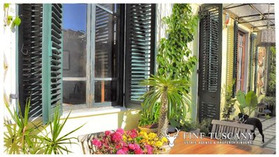 3-Bedroom-Property-for-sale-in-Carrara-Tuscany-Italy-5