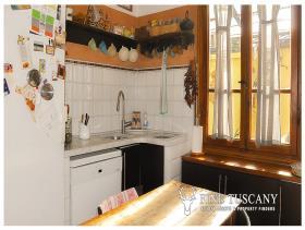 Image No.9-Appartement de 3 chambres à vendre à Carrara