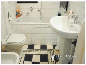 Image No.14-Appartement de 3 chambres à vendre à Carrara