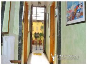Image No.12-Appartement de 3 chambres à vendre à Carrara
