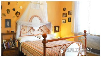 3-Bedroom-Property-for-sale-in-Carrara-Tuscany-Italy-22