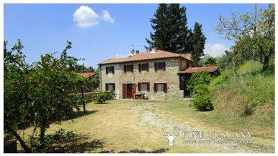 Detached-stone-house-for-sale-in-Casore-Del-Monte--Marliana--Pistoia--Tuscany--1