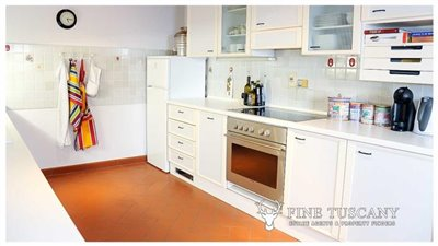 Detached-stone-house-for-sale-in-Casore-Del-Monte--Marliana--Pistoia--Tuscany--9