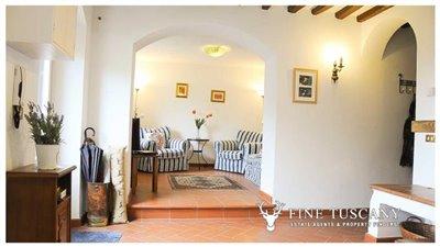 Detached-stone-house-for-sale-in-Casore-Del-Monte--Marliana--Pistoia--Tuscany--13