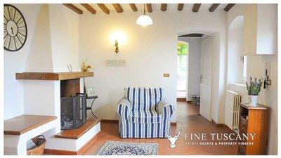 Detached-stone-house-for-sale-in-Casore-Del-Monte--Marliana--Pistoia--Tuscany--15