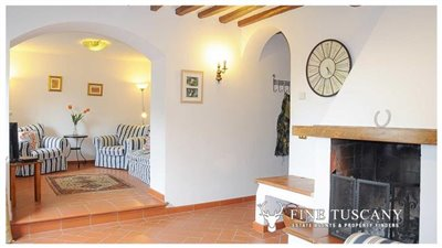Detached-stone-house-for-sale-in-Casore-Del-Monte--Marliana--Pistoia--Tuscany--12