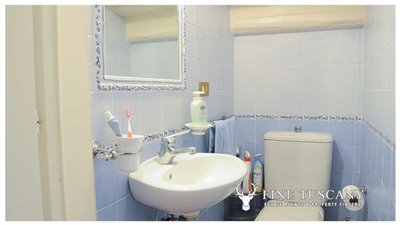 Detached-stone-house-for-sale-in-Casore-Del-Monte--Marliana--Pistoia--Tuscany--23