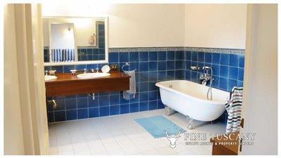 Detached-stone-house-for-sale-in-Casore-Del-Monte--Marliana--Pistoia--Tuscany--25
